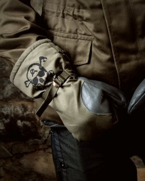 Image of SH130 [THE MIR SKULL] Vintage Military Surplus Mittens - FREE SHIPPING TO US and CANADA