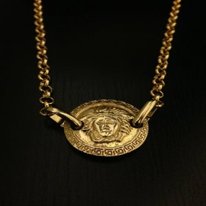 Image of Vintage Gianni Versace Gold Dual-Drilled Medusa Head Pendant Rolo Chain