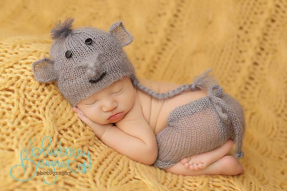 Image of Little Elephant Hat/Short Set