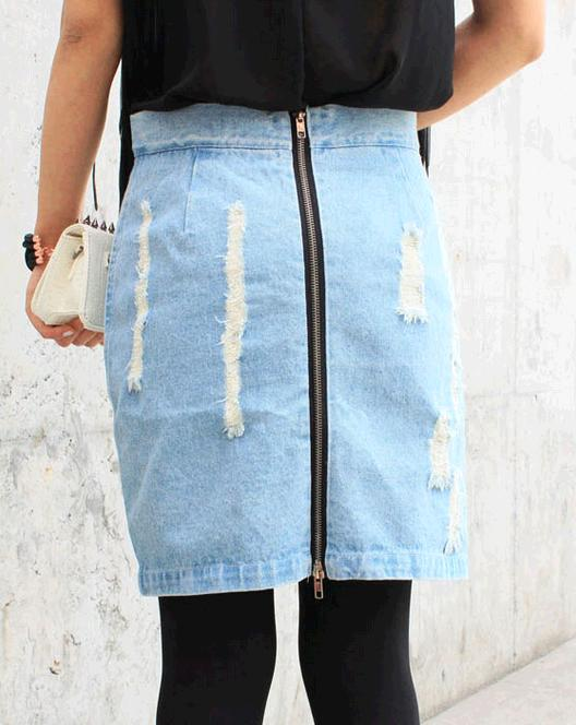 Image of 22. High Tide Denim Skirt