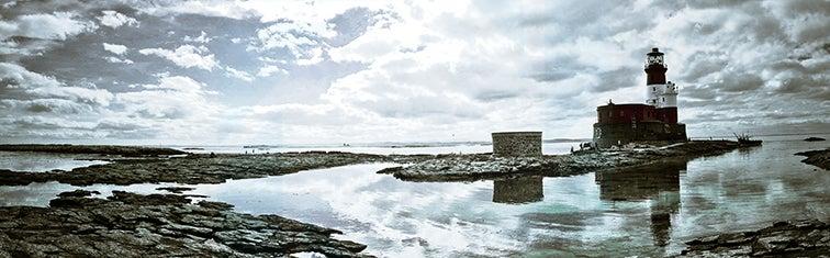 Image of Longstone Lighthouse by Cyan Aperture