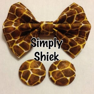 Image of Giraffe Print Bow Tie
