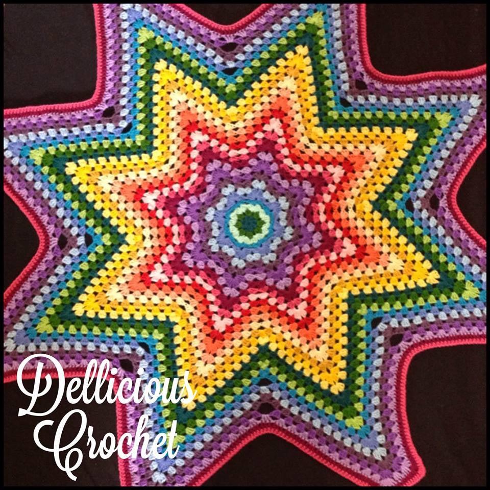 Free Crochet Pattern Granny Star : Dellicious Crochet ? Granny Star throw Pattern