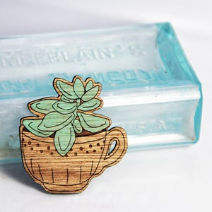 Image of Echeveria in a Teacup Brooch