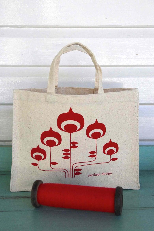 Image of Retro Flower Hand Bag