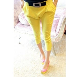 Image of Zipper Fly Mid Harlan Yellow Cotton Capri Pants