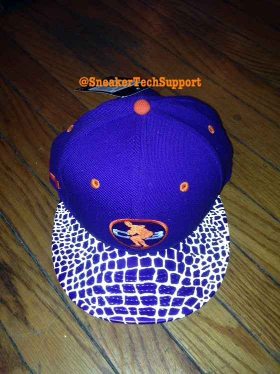 """Image of Nike Chuckposite """"Phoenix"""" SnapBack Hat"""