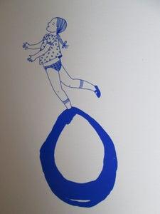 image de Petite fille bulle bleue 3