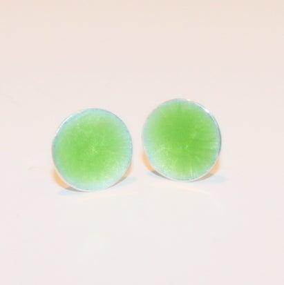Image of Oorstekers emaille - groen, juwelen, Wijngaardstraat, te Antwerpen, goudsmid Antwerpen