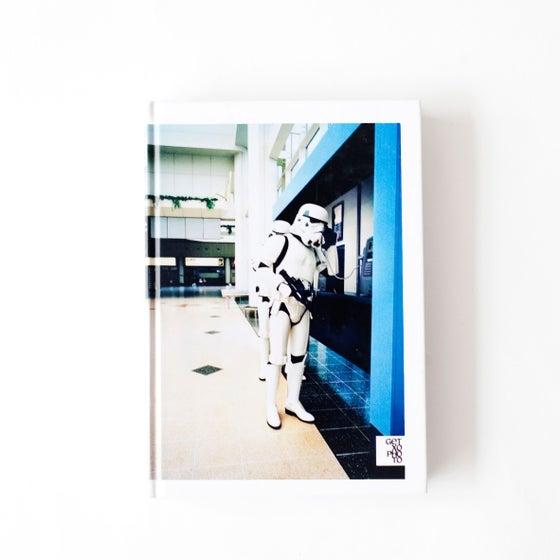 Image of Libro / Book: Aisiari gorazarre / Elogio del ocio / In praise of leisure (2010)