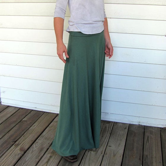 Image of Circle Maxi Skirt - Forest Green