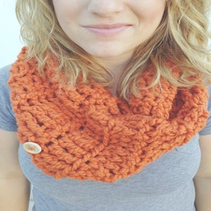 Image of Pumpkin Spice crocheted infinity cowl