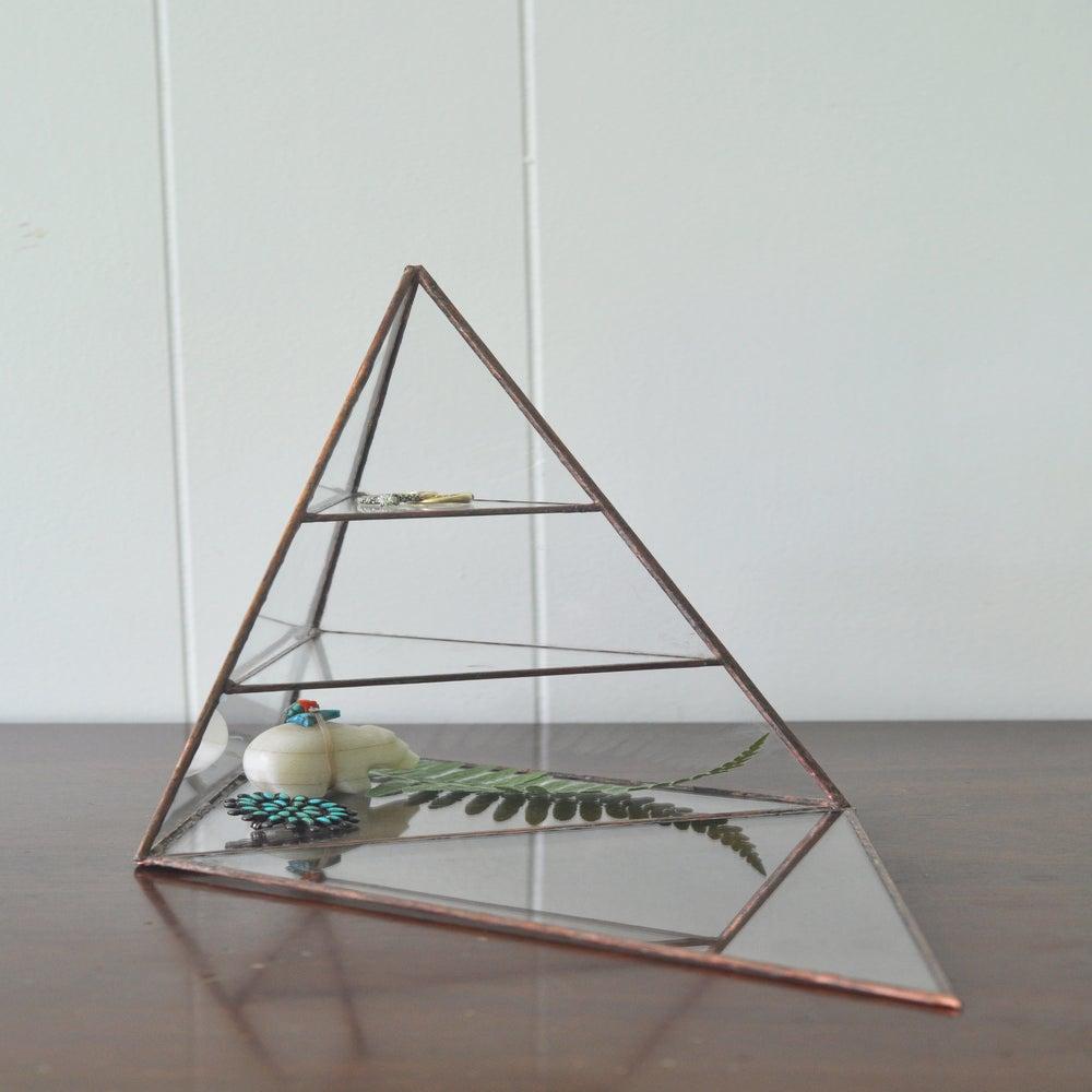Image of Lyra Pyramid