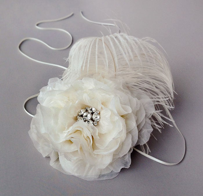 Image of Della Ivory Silk Chiffon Fascinator