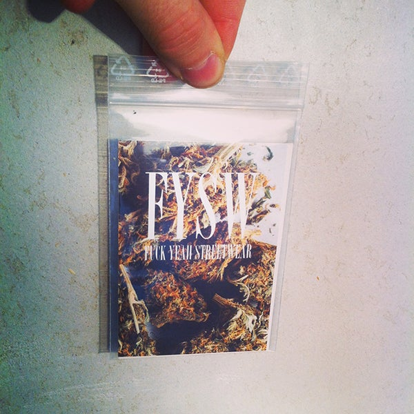 Image of STICKER WEED BAG
