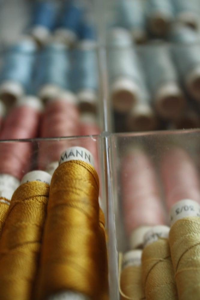 Image of Vintage Thread Set