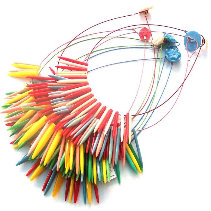 Knitting Needle Gauge Necklace : Knitwit knitting needle necklace liana kabel
