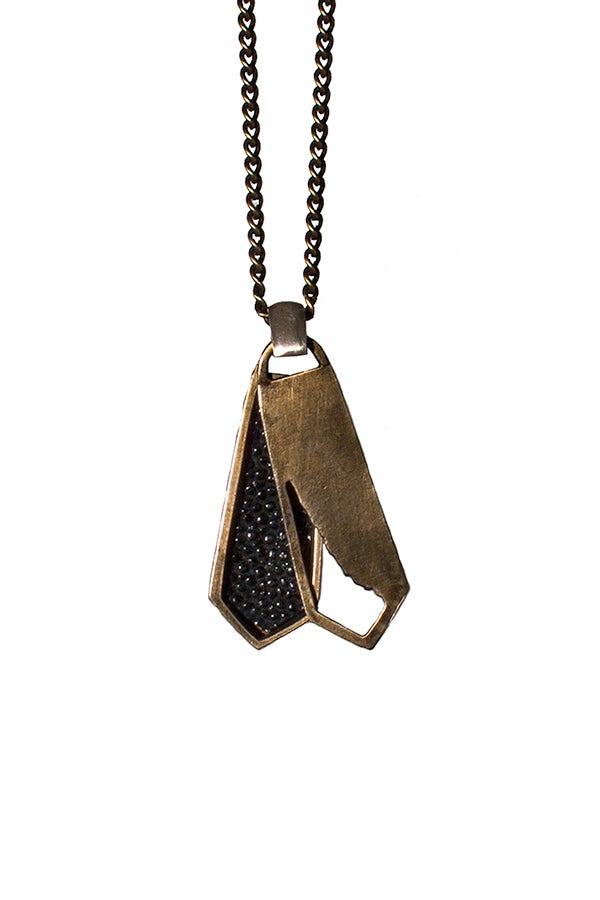 Image of SHADOW NECKLACE