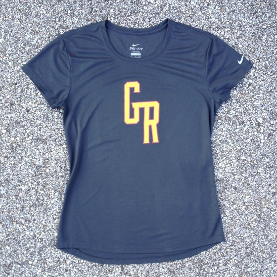 Image of WOMEN'S 'GR' TRAINING TEE
