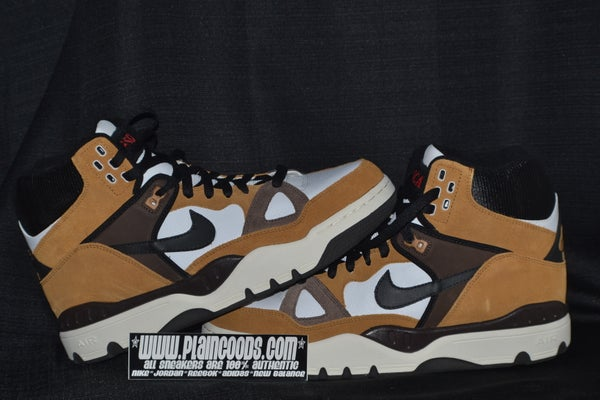 "Image of NIKE AIR FORCE 3 ""ESCAPE"""