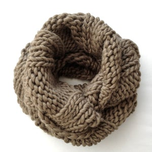 Image of AVERY | Large Cowl