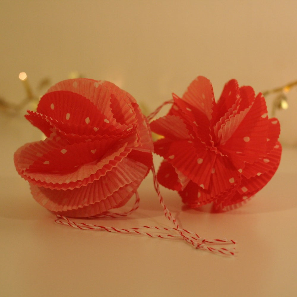 """Image of Red """"Chiffon"""" Paper Baubles (SALE 30%)"""