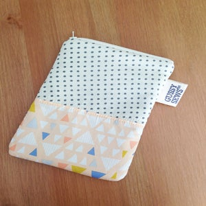 Image of Peachy Arrows eReader case // Fancy Dot