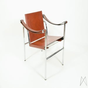 Image of Le Corbusier LC1 Sling Chair by Cassina original Cognac brown leather