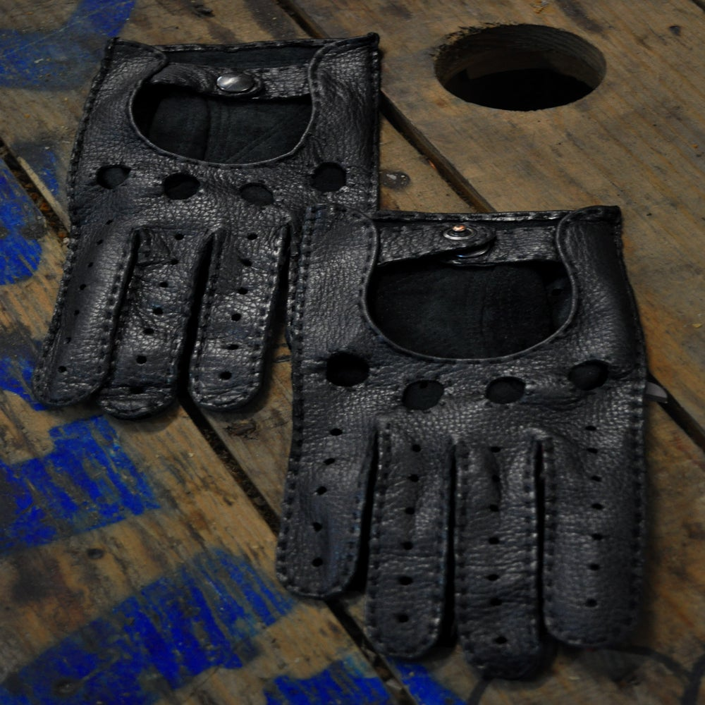 Image of Summer Gloves