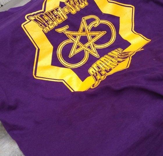 Image of NEVER STOP PEDALIN bikelife t