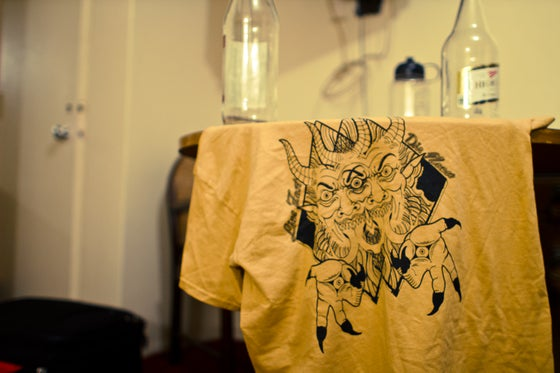 Image of LIVEFAST DIENEVER tee