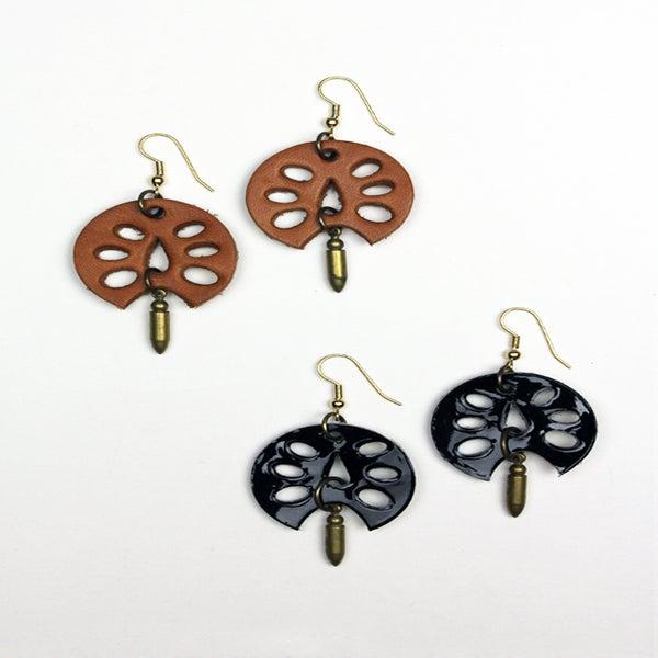 Image of Sand Dollar Earrings