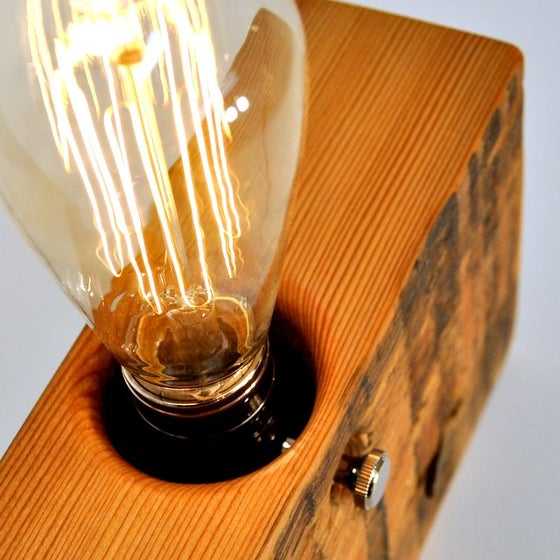 Image of 1890's EDISON LAMP