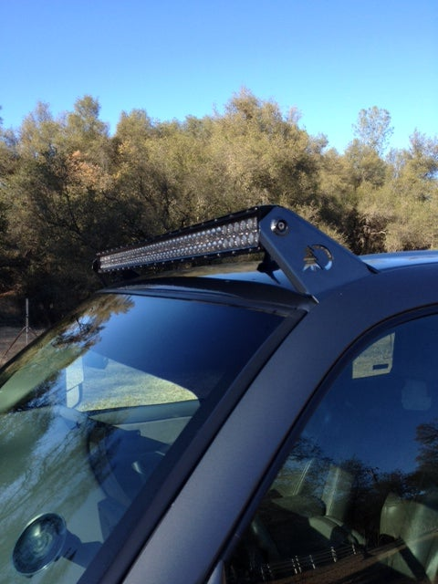 "Image of GMC/CHEVY 99-2006 classic 50"" light bar roof mounts"