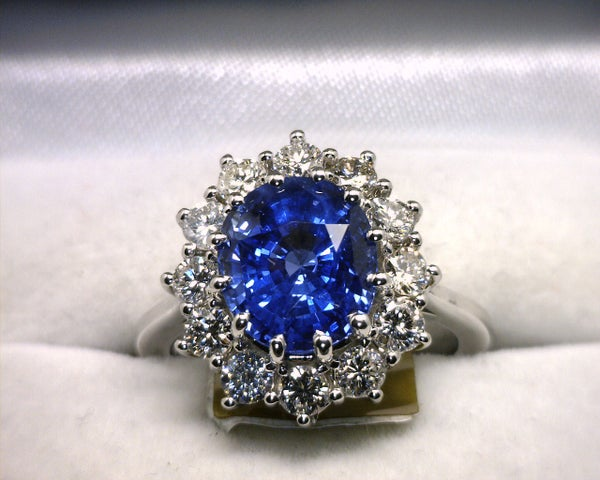 Image of 14K White Gold Ceylon Sapphire(4.28CT) / Diamond Ring