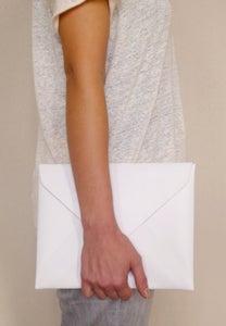 Image of ENVELOPE i-pad white
