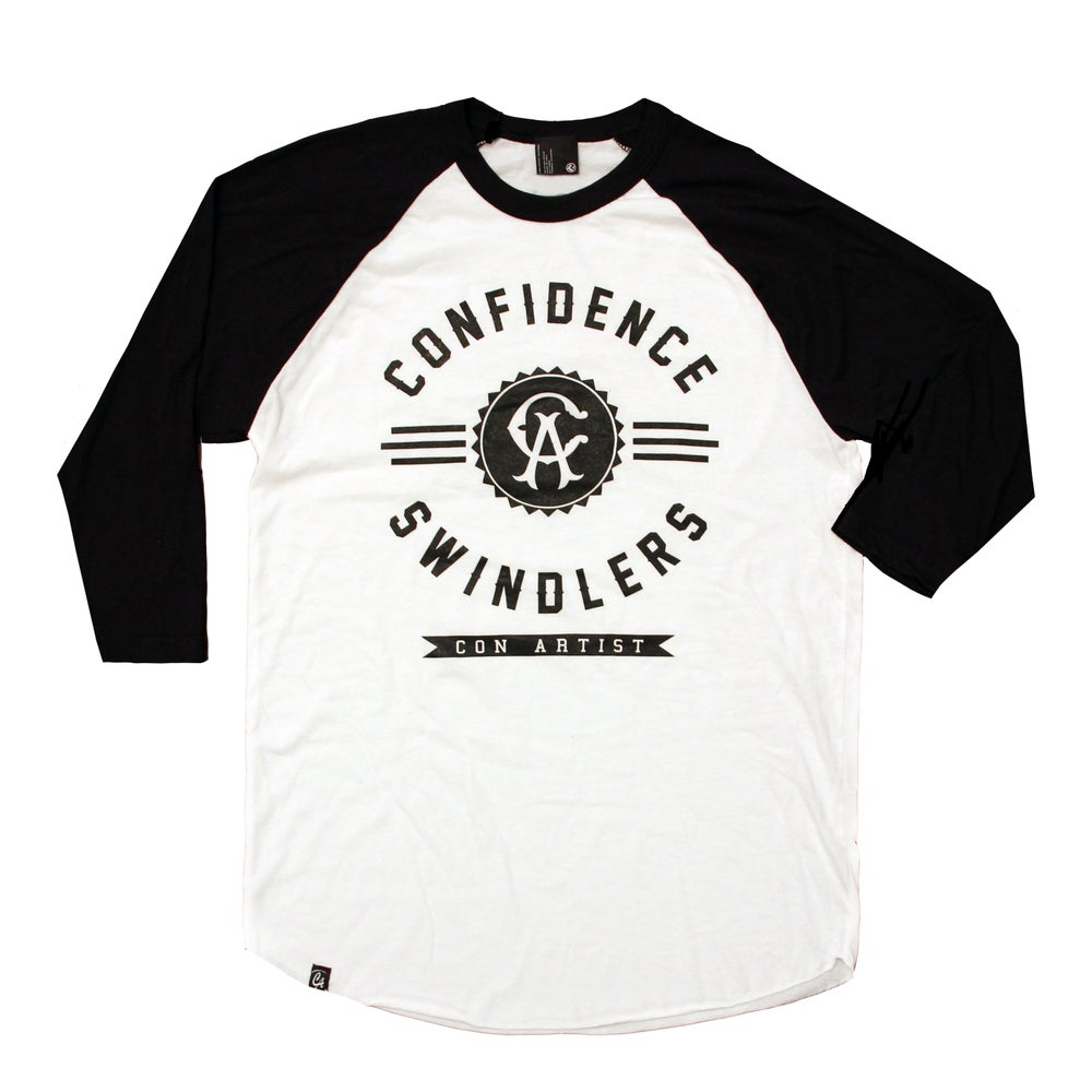 Image of Badge Raglan 3/4 Sleeve