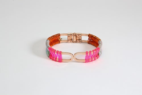 "Image of ""SCOUBIDOU-MIZUHIKI"" BRACELET / pink-rainbow-orange"