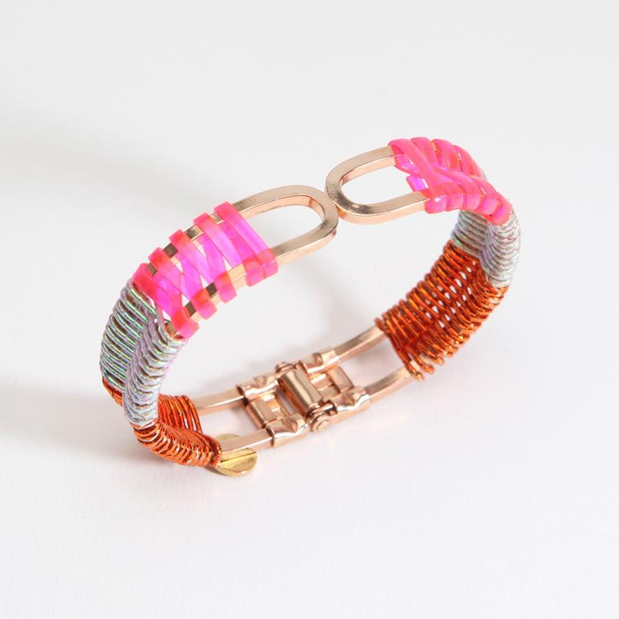 "Image of ""SCOUBIDOU-MIZUHIKI"" BRACELET / pink-rainbow-orange"