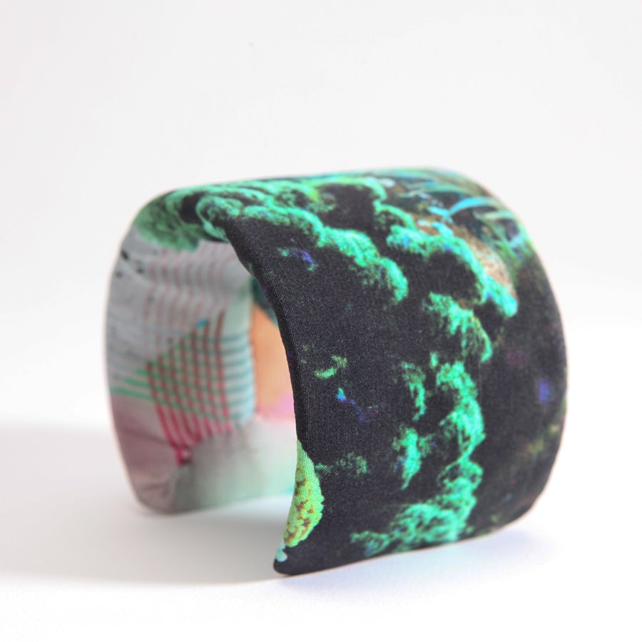 Image of LARGE PRINTED SILK CUFF / GREEN CORALS