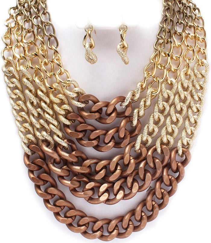 Image of  CURVE CHAIN NECKLACE AND EARRING SET