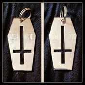 Image of Coffin Cross Keyring