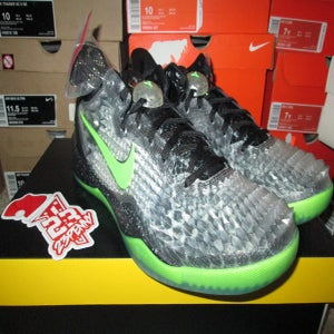 "Image of Zoom Kobe VIII (8) System SS ""Christmas"""