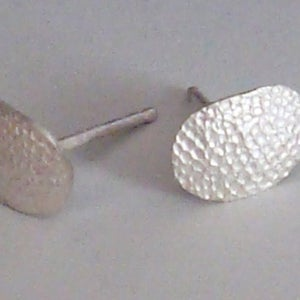 Image of Sterling Silver Disco Dot Stud Earrings