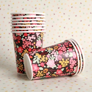 Image of Stormy Bouquet Paper Cups