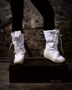 Image of SH104 [KAMCHATKA] MILITARY ISSUE ARCTIC SNOW BOOTS