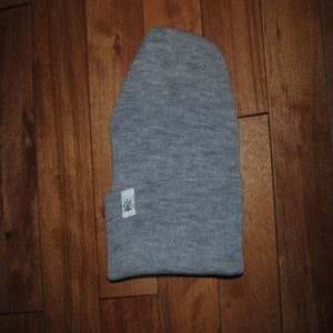 Image of .grey.cuffed.beanie.