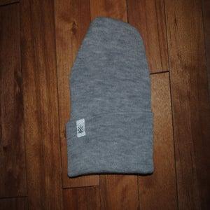 Image of .grey.cuffed.beanie.