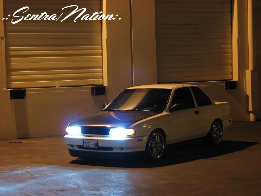 Image of Xenon 6000K Ultra White HID Kit (All year Sentras)