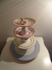 Image of Beau the Pussy Cat Cake-stand